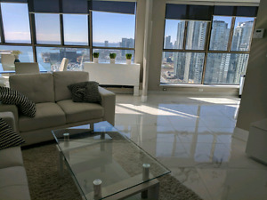 2 Bedroom Penthouse, Water Front CN Tower Views