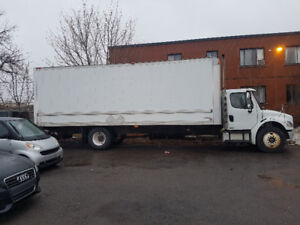 2010 Freightliner M2 106 Business Class 27 pi
