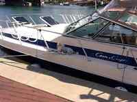 Chris Craft 332 Express
