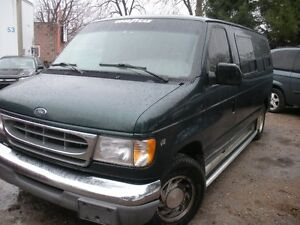 2000 Ford E-150 paraplegic wheelchair van Minivan, Van
