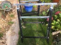Metal trestle x4