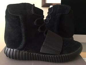 New adidas Yeezy Boost 750 triple black core BB1839 size 10