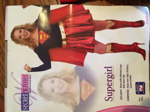 Women's large superwoman costume