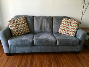 Sofa bed buy or sell a couch or futon in ottawa kijiji for Sofa bed kijiji