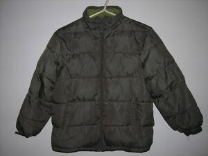 Joe Fresh Boys Army Green Puffy Winter Coat Size 7/8 Belleville Belleville Area image 1