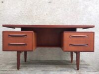 Mid Century G-Plan Classic Floating Top Desk / Dressing Table from the Fresco range with Mirror.