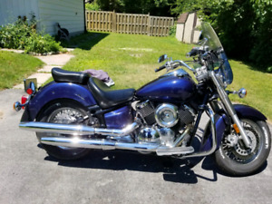 2001 Yamaha Vstar 1100 with only 33000 kms on it