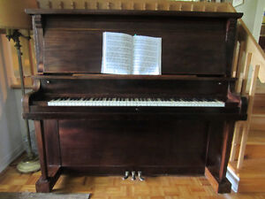Piano droit usagé / Used Upright Piano 480$