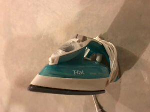 T-Fal UltraGlide Iron FTI2 *MINT* Condition
