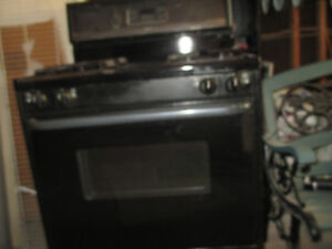 Frigidaire fully functional, black gas stove for sale in Markham