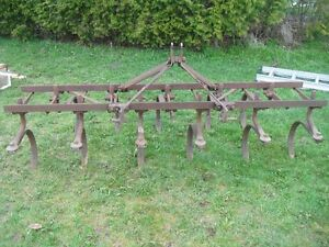 CULTIVATOR 3 PT HITCH MASSEY FERGUSON 7 FEET WIDE