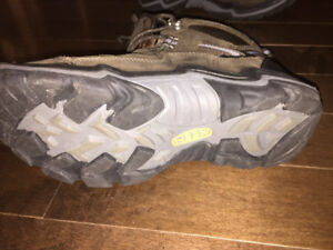 For Sale, one pair of Keen Hiking Boots - barely used