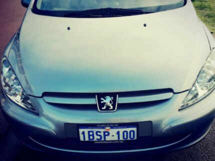 Beautiful,Stylish European Hatchback Peugoet Automatic ( MY2005) East Perth Perth City Preview