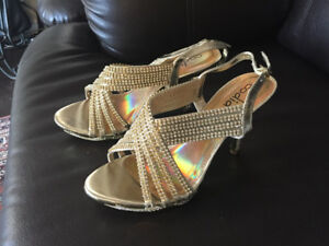 Brand new Occasional Sparky Sandals For Sale