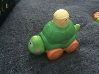 Push and go turtle