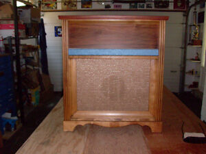 Vintage speaker cabinet for sale or trade