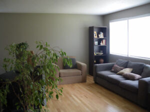 Cozy Home in Mountview - Available Immediately