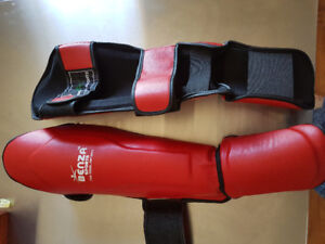 Muay Thai MMA instep shin guard for sale