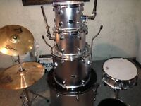 D2 Drums Silver drumset for sale Or trade with PS4