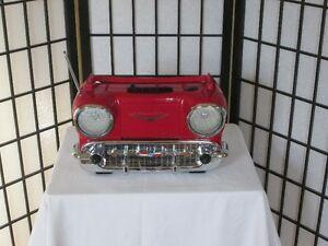 PORTABLE '57 CHEVY RADIO/CASSETTE PLAYER