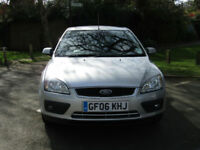 Ford Focus 2.0 Automatic Ghia**LOW MILEAGE**VERY COMPREHENSIVE HISTORY**