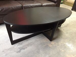 ikea buy or sell coffee tables in calgary kijiji classifieds. Black Bedroom Furniture Sets. Home Design Ideas