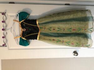 Halloween  costume quality frozen Anna Ana dress Size 7 - 8