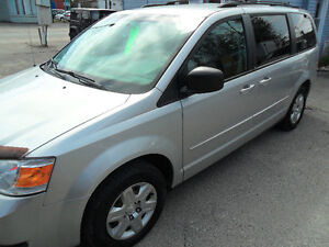 2009 Dodge Grand Caravan,198,000 kms, saftied,stow and go