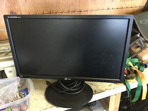 """LG 21"""" Computer Monitor"""