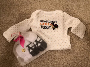 New Baby girl 0-3 onsie, socks and mittens