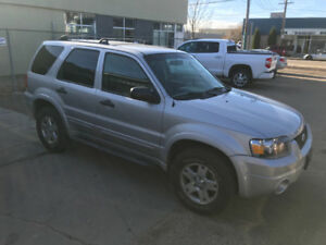 2007 Ford Escape Xlt SUV, 4WD ONLY 140k