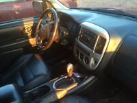 Ford Escape *Limited*