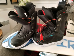 DC snowboard boots & Smith goggles