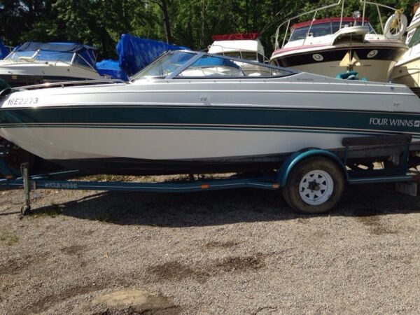 Used 1993 Four Winns 19 bowrider
