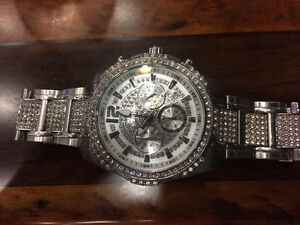 SWAROVSKY CRYSTAL GUESS WATCH LIMITED EDITION!! **