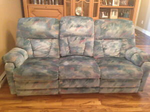 Sofa and matching couch with pull out bed