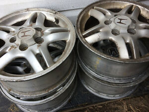 Honda CR-V set of 4 mags wheels
