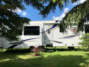 Stunning Fifth Wheel For Sale