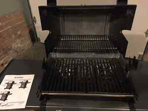 Broil King Monarch 320 BBQ - new never used. London Ontario image 2
