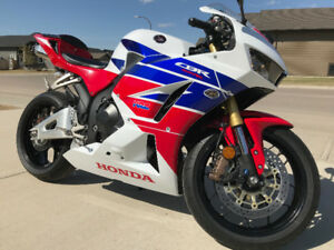 NEW - 2014 Honda CBR600RR (ABS) - Warranty Remaining - Moving!