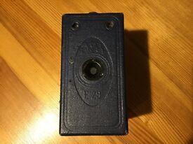 Antique Ensign E29 Camera in original canvas shoulder bag