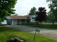 Country Home on 7.5 Acres with 6,800 SF Buildings (Auto,Truck..)