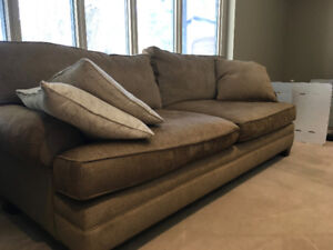 Cricklewood Interiors Couch - Like New!