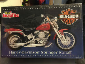 1/8th Scale H-D Motorcycle Kits