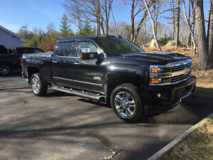 2017 Chevrolet Silverado 2500 High Country Pickup Truck