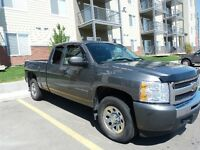 2011 Chevrolet Silverado 1500 Pu, very low KM