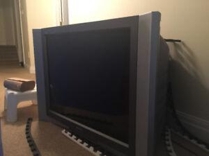 SONY 32 inch CRT TV