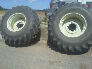 30.5 X32 TIRES AND WHEELS