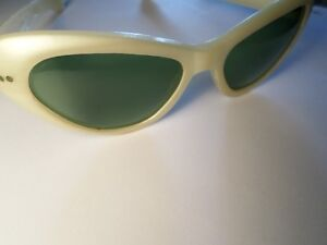 RETRO Cool Ray Poloroid Sunglasses  (VIEW OTHER ADS)) Kitchener / Waterloo Kitchener Area image 8