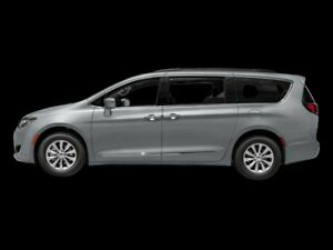 2017 Chrysler Pacifica Touring-L Plus  - Low Mileage